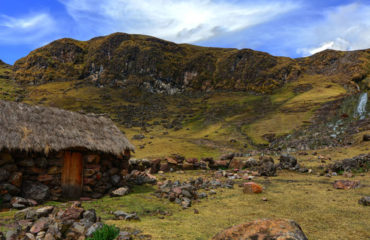 lares-valley-trek-2